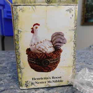 Boyd's Henrietta's Roost